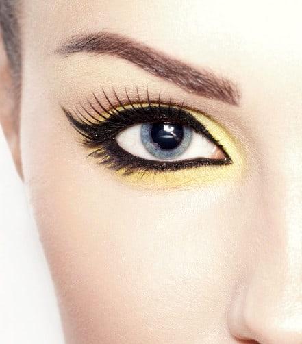 Eyelash Extension Courses in Ontario