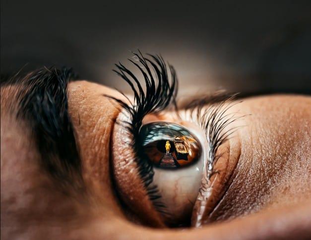 Eyelash Extensions in Dallas