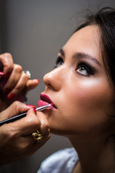 Become a Makeup Artist Step by Step Guide