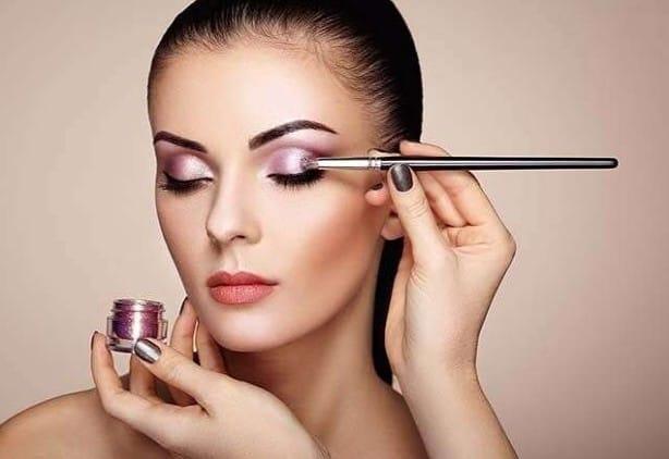 makeup courses in Victoria