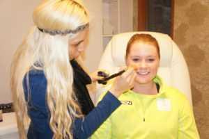 Sydney Escuela artista de maquillaje
