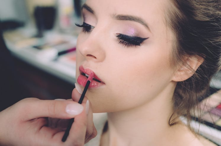 Makeup courses in Los Angeles train professionals